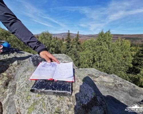 Gipfelbuch auf der nördlichen Schnarcherklippe
